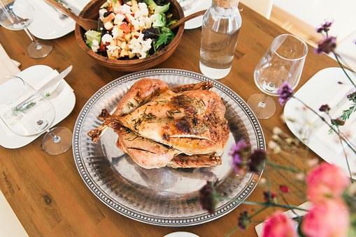 Spis sundt og varieret med en måltidskasse til 6 personer